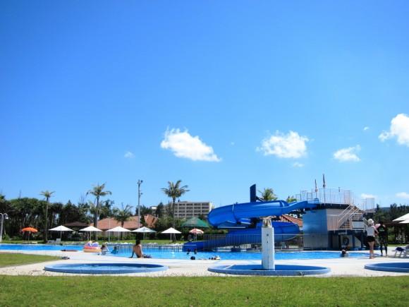 サンマリーナホテルのプール