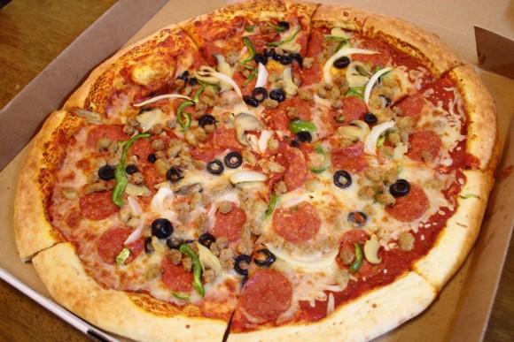 キャンプコートニーのアンソニーピザ