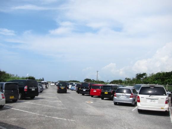 米軍保養地オクマビーチ駐車場