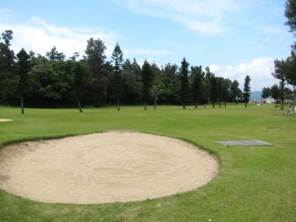 沖縄米軍保養地ゴルフ場